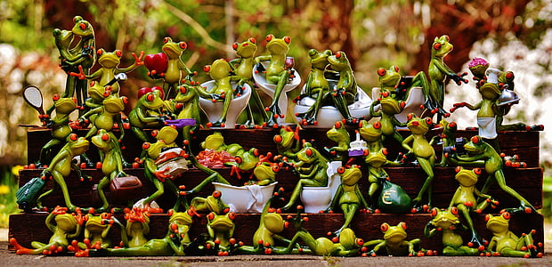 frog figurine collection