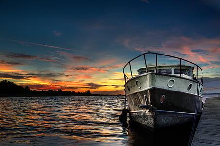 fishing vessel sailing