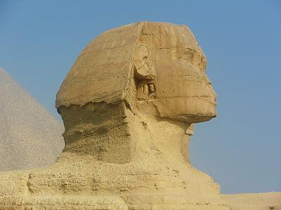 Sphinx statue in Egypt