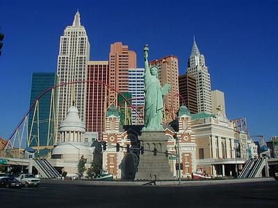 assorted New York City Landmarks wallpaper