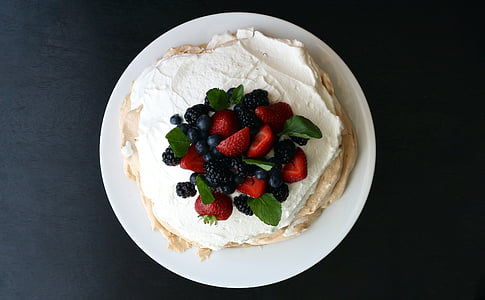 cake with strawberries and blackberries