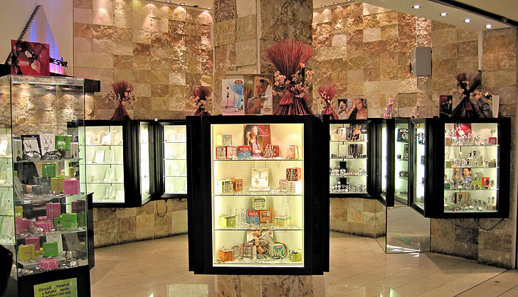 commercial display store