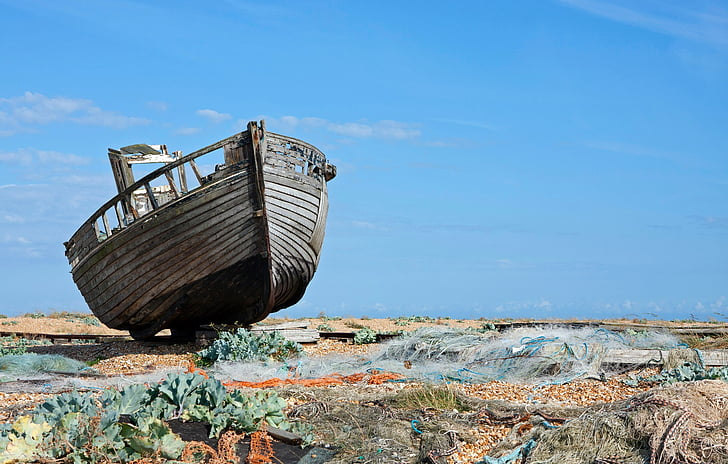 gray and brown wooden boat