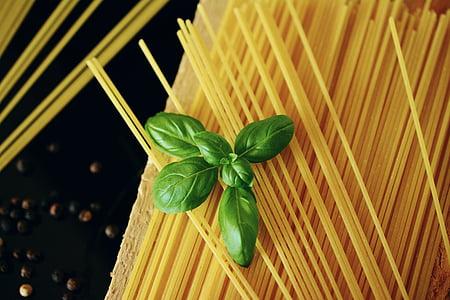 brown spaghetti pasta
