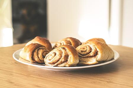 cinnamon bread on white ceramic plate