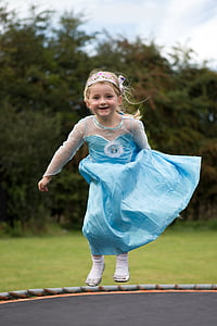 girl's blue dress