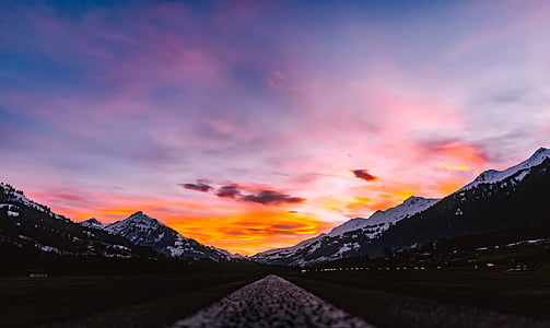 mountain scenery during sunset
