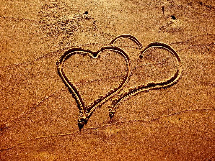 heart sand art