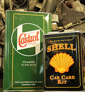 Shell car care kit can and Castrol oil cans