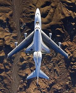 white shuttle carrier aircraft