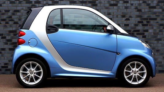 blue and gray Smart ForTwo car