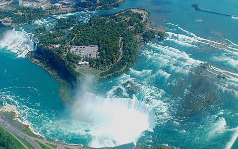 aerial photo of Niagara Falls in Canada