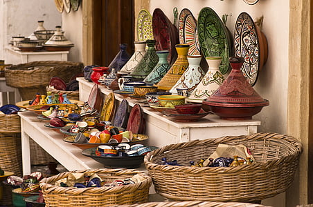 ceramic decorative plate and vase lot
