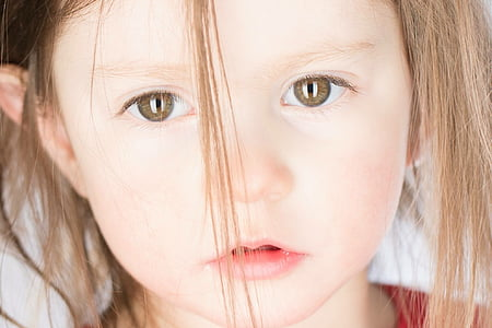 girl face with brown hair