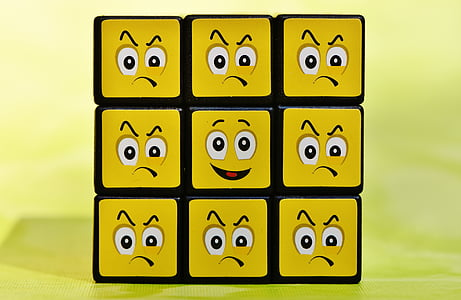 3x3 Rubiks cube with emoticon