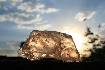 beige stone fragment