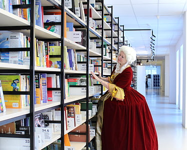 woman looking for books
