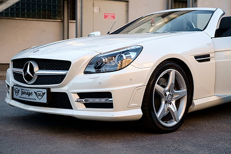 white Mercedes-Benz convertible coupe