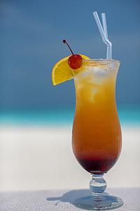 closeup photo of lemon lemonade