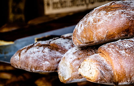 selective focus photography of cinnamon breads
