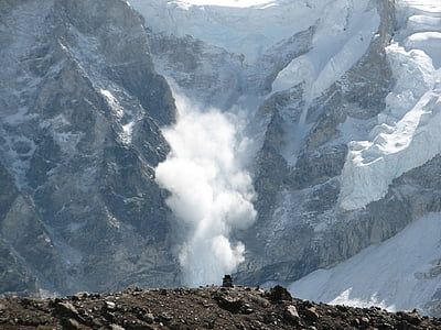 avalanche between mountain