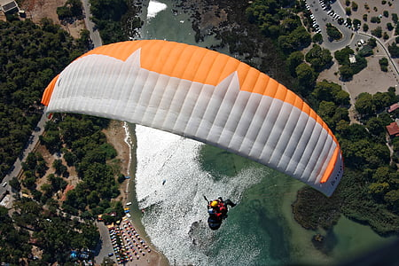 aerial photography of person paragliding