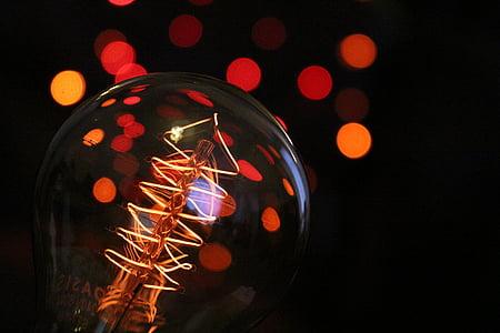 shallow focus photograpy of a light bulb