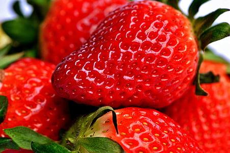photo of strawberry fruits