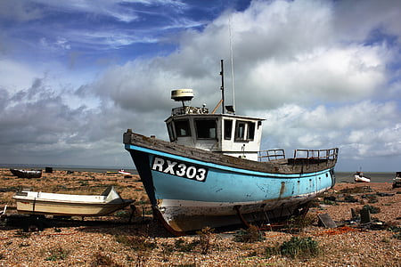 bowrider boat on dried sea