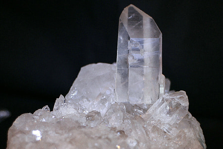 clear gemstone fragments