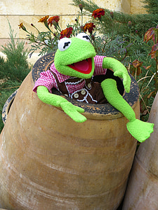 Kermit the frog on gray jar