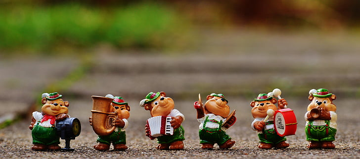 the chipmunks figurines
