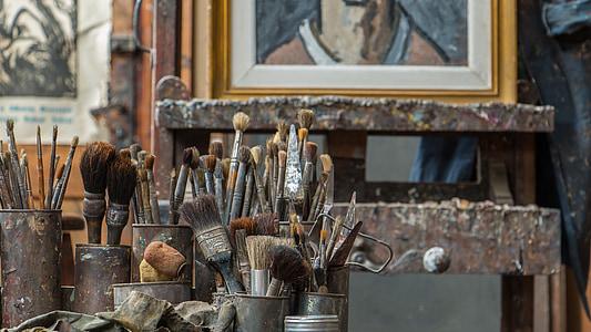 assorted paintbrush lot