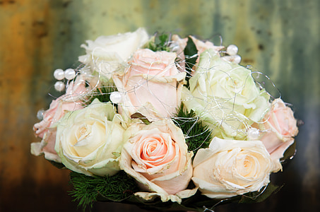 bouquet of pink and white rose