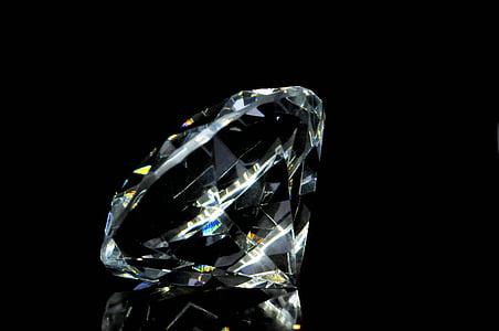 macro photography of clear gemstone