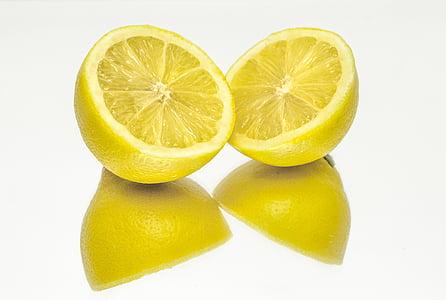 sliced lemon fruits