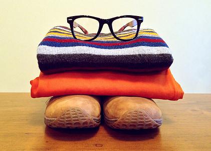 eyeglasses, shirt and shoes