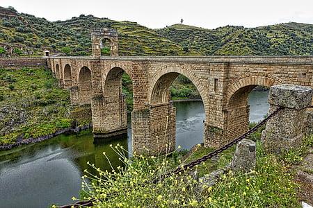 brown medieval concrete bridge
