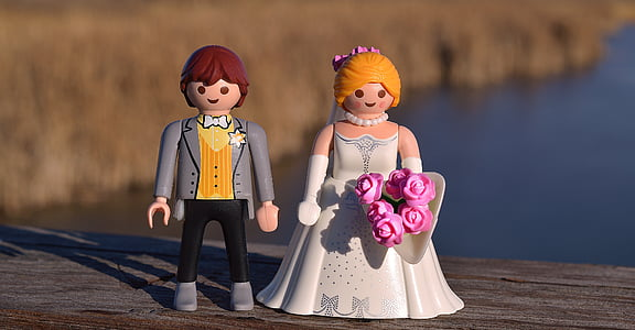 man and woman Lego toys