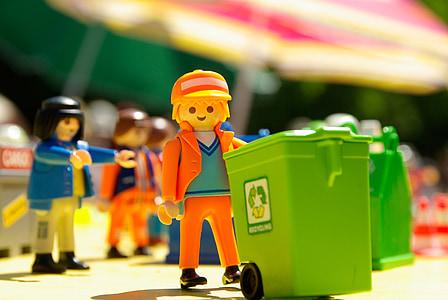orange and yellow LEGO plastic toy