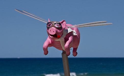 pig wooden figure
