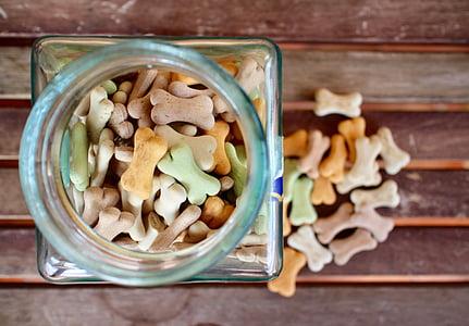 candies in jar