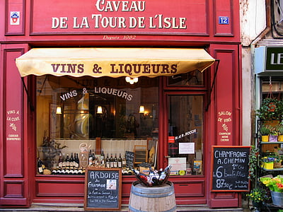 photo of Caveau de la Tour de L'Isle signage