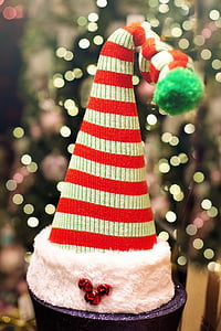 red and white striped Christmas hat