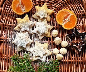 star cookie and lemon
