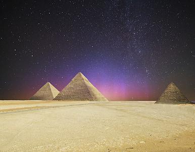 three Pyramids illustration