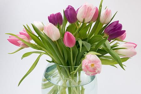 tulips boquet