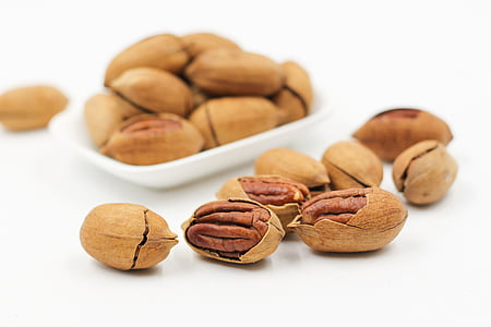 photography of cashew nuts