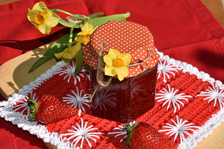filled strawberry jam jar with lid