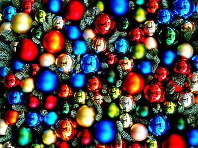 assorted-color ornament lot